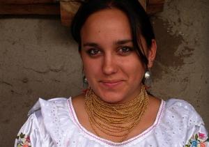 Gaby sonríe tímidamente después de haber recibido la noticia de que García Márquez tuvo un derrame cerebral cuando escuchó la definición de Macondo improvisada por ella.