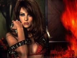 Si el diablo se ve como Elizabeth Hurley, para ¿qué quiere comprender al amor?