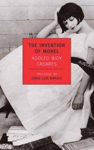 """""""La invención de Morel"""", una alternativa loable para los que leen a Osho o """"Cincuenta sombras de Grey""""."""