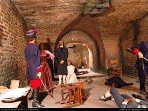 En la foto: los próceres del 10 de agosto de 1809 convertidos en estatuas de sal gracias al pecado nefando del manoseo político.