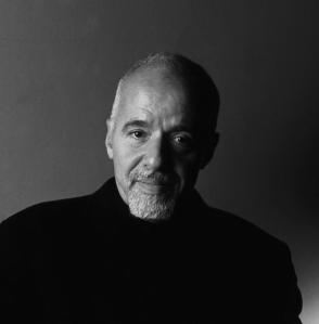Paulo Coelho preparándose para recibir el premio Nobel porque