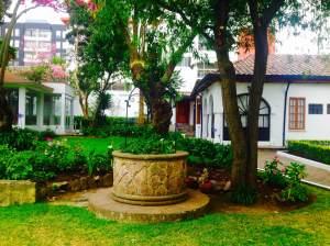 El pozo de la antigua casa de Galo Plaza.