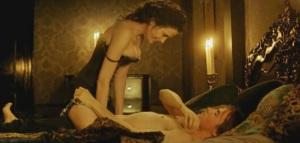 Eva Green se come a Dorian Grey...